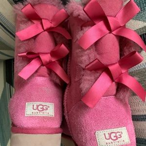 UGG Shoes - UGG Bailey Bow II Magenta